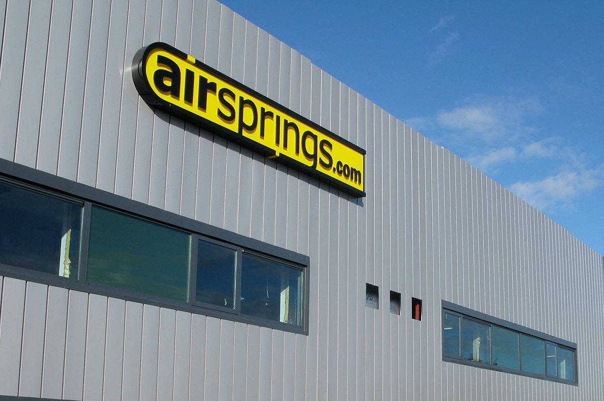 Airsprings 1200 x 796-04